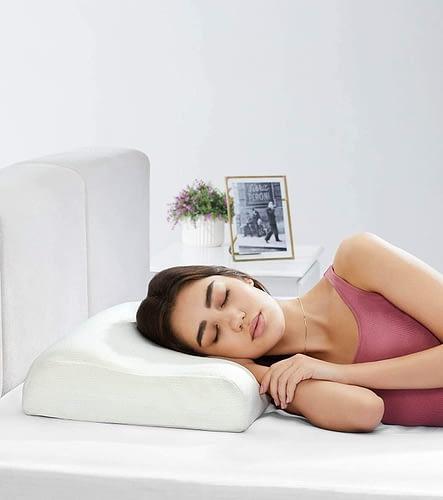 Amazon Solimo Contour Memory Foam Pillow